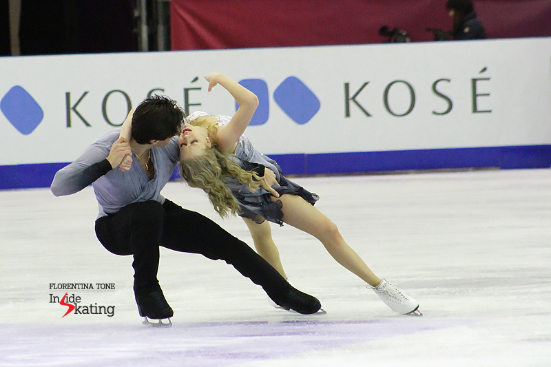1 Kaitlyn Weaver and Andrew Poje practice FD 2016 GPF (9)