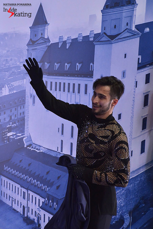 Greeting his fans in Bratislava
