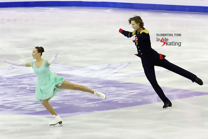 1 Alla Loboda and Pavel Drozd SD 2015 JGPF