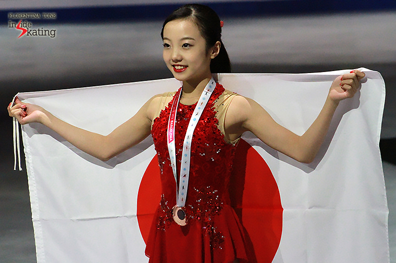 A smiling girl in the heart of the Japanese flag – what a season this has been for Marin Honda. Three months after this particular snapshot in Barcelona, she'll be crowned the 2016 World Junior champion in Debrecen (Hungary)
