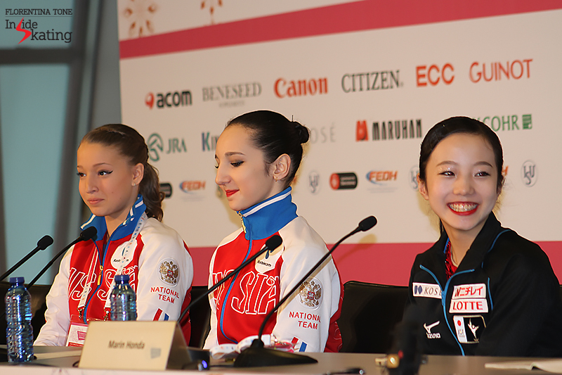 The medalists of the ladies' event in Barcelona, all smiles and laughter during the press conference; from left to right: Maria Sotskova (silver), Polina Tsurkaya (gold), Marin Honda (bronze)