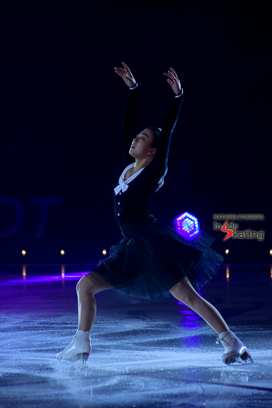 10 Mao Asada skating to Chopin at 2016 Ice Legends