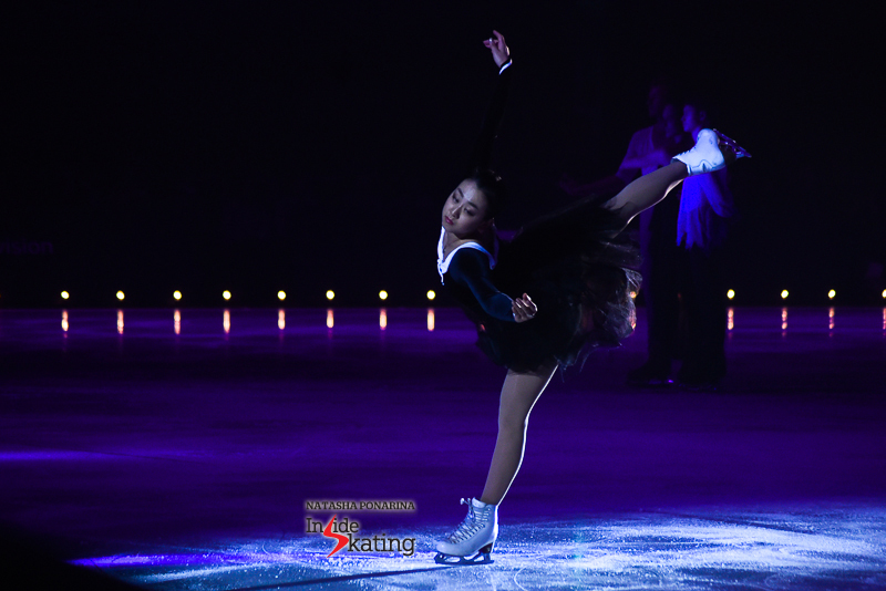 Mao Asada, the ballerina in black tutu, with white, scholarly collar, skating to Chopin's Ballade no. 1. Throughout her skate, characters come and go, but Mao is always there, a permanent presence, telling the story, skating the story.