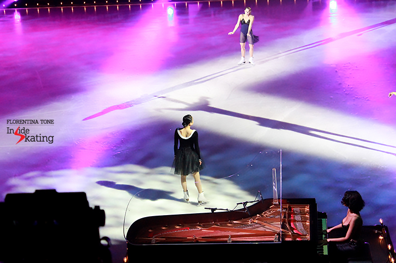 19 Mao Asada introducing the characters Le Poeme 2016 Ice Legends