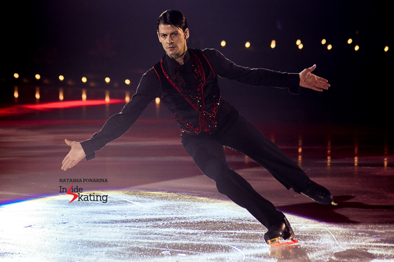 23 Stephane Lambiel performing Poeta 2016 Ice Legends