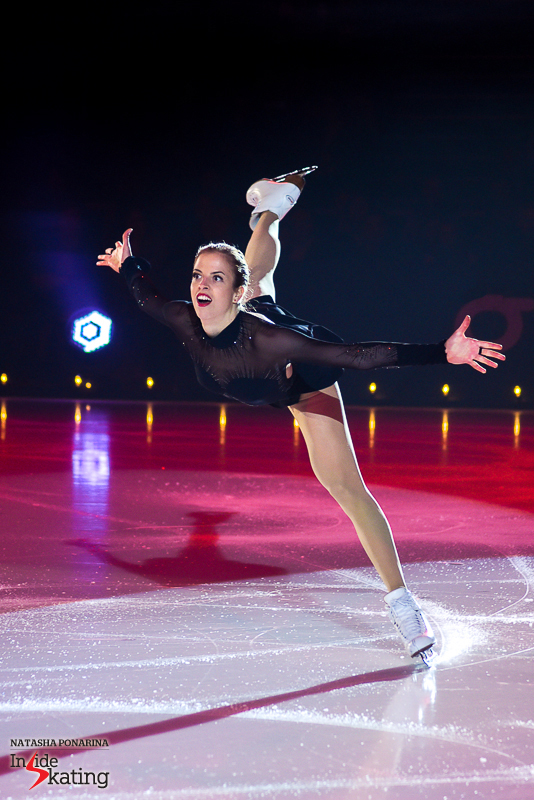 4 Carolina Kostner Bolero 2016 Ice Legends (7)