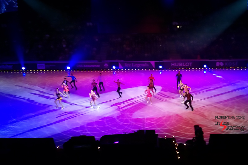 13 The whole cast dances the Mambo 2016 Ice Legends