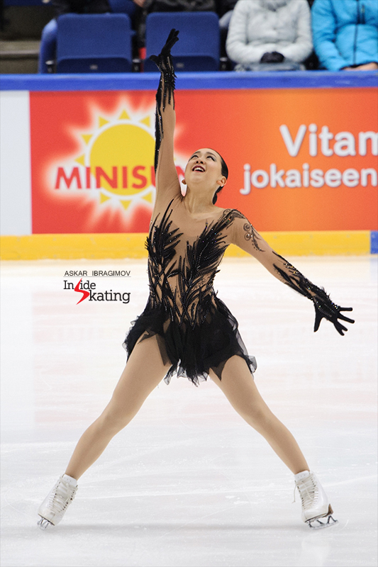 Mao Asada Black bird SP Finlandia Trophy (1)
