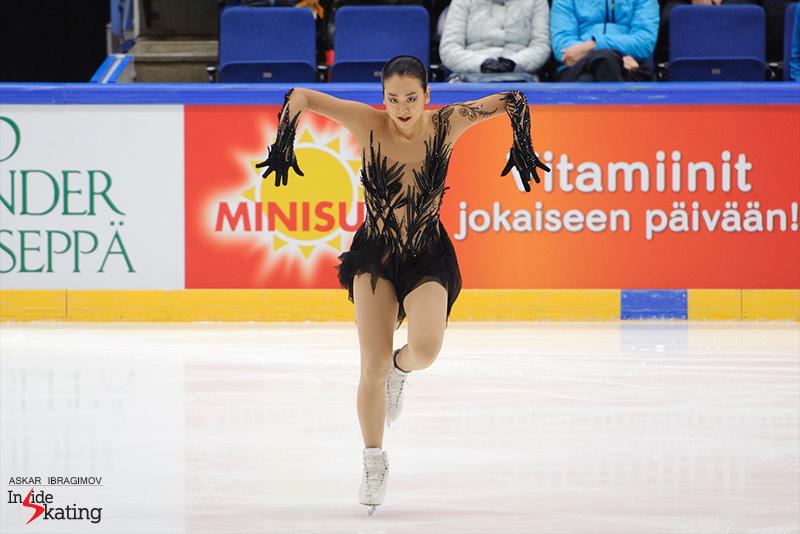 Mao Asada SP 2016 Finlandia Trophy (2)