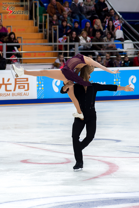 13 Kaitlyn Weaver and Andrew Poje FD 2016 Rostelecom Cup