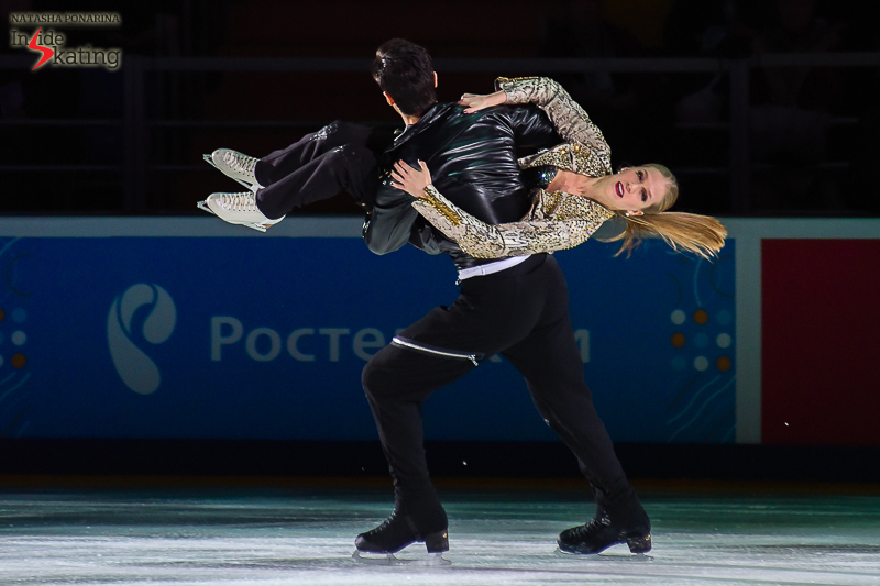 Kaitlyn Weaver and Andrew Poje exhibition 2016 Rostelecom Cup (3)