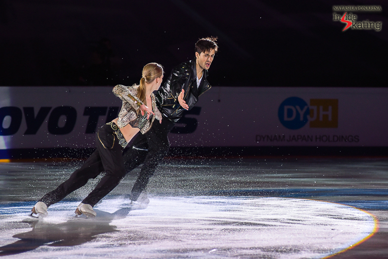 Kaitlyn Weaver and Andrew Poje exhibition 2016 Rostelecom Cup (6)