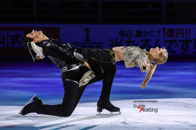 Kaitlyn Weaver and Andrew Poje exhibition 2016 Rostelecom Cup (7)