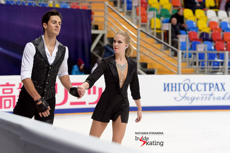 November 3rd was also the day Kaitlyn Weaver and Andrew Poje showed off, for the first time this season, their costumes for the Michael Jackson short dance; and what a great set of costumes this is.