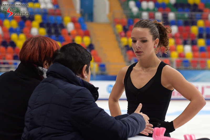 Roberta at the boards, alongside coaches Franca Bianconi and Rosanna Murante