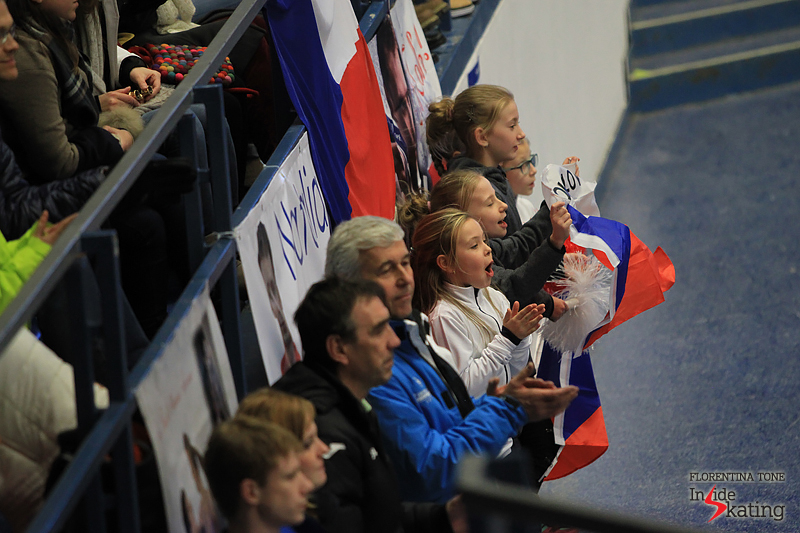 Fans cheering for Michal Brezina 2017 Europeans Ostrava (2)