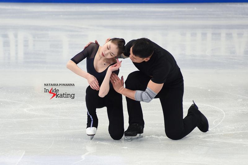 15 Xiaoyu Yu and Hao Zhang pairs practice 2017 Worlds Helsinki