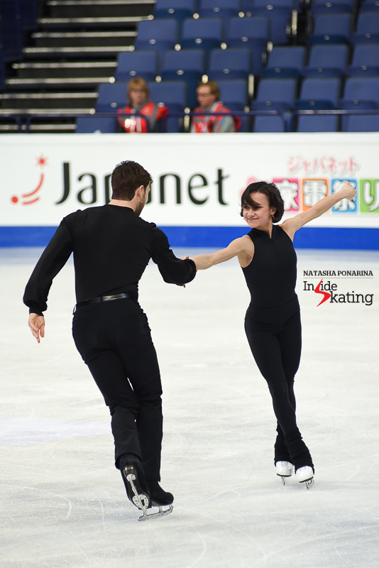 34 Liubov Ilyushechkina and Dylan Moscovitch pairs practice 2017 Worlds Helsinki