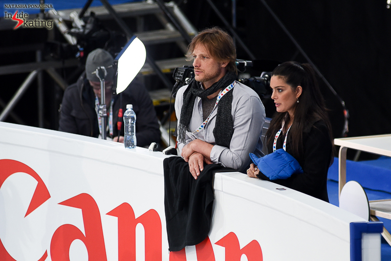 ...while John Zimmerman and Silvia Fontana carefully watches them from behind the boards (according to ISU bio page, John Zimmerman and Jeremy Barrett are the French's coaches, while Silvia Fontana and John Kerr are listed as choreographers).