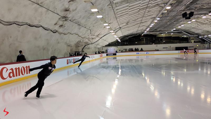 8 Shoma Uno Keiji Tanaka Stephane Walker Misha Ge in The Cave 2017 Worlds Helsinki