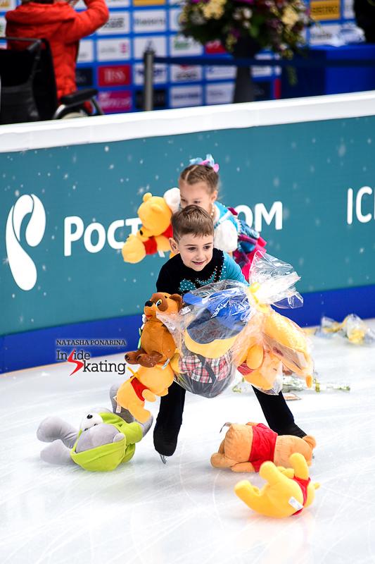 Юдзуру Ханю / Yuzuru HANYU JPN (пресса) - Страница 5 Yuzuru-Hanyu-SP-Chopin-2017-Rostelecom-Cup-18
