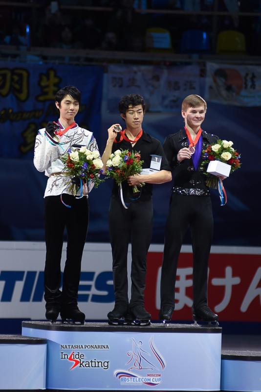 Юдзуру Ханю / Yuzuru HANYU JPN (пресса) - Страница 5 Yuzuru-Hanyu-medal-ceremony-2017-Rostelecom-Cup-4