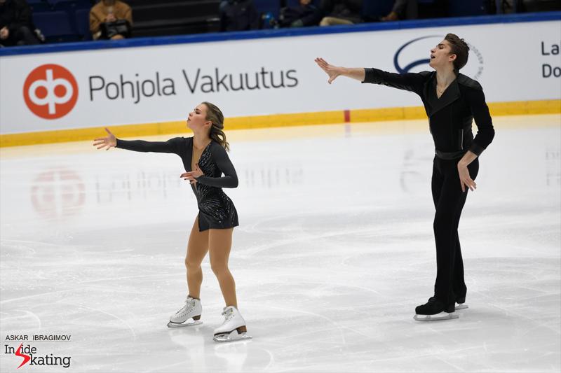 Challenger (6) - Finlandia Trophy. Oct 11 - 13, 2019. Espoo /FIN      - Страница 15 Alisa-Efimova-and-Alexander-Korovin-FS-2019-Finlandia-Trophy-4