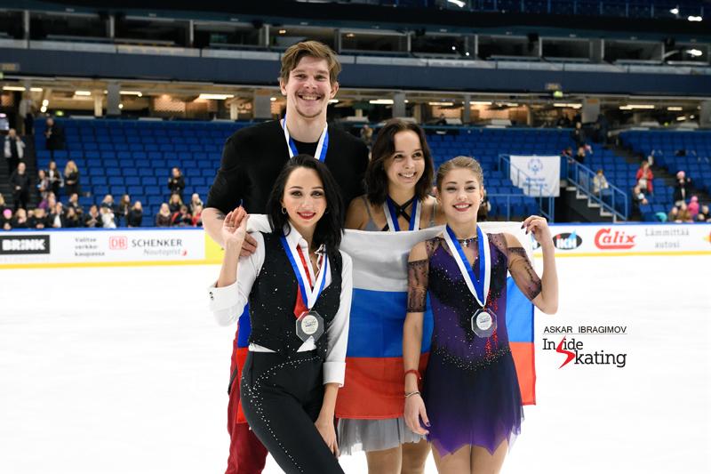 Challenger (6) - Finlandia Trophy. Oct 11 - 13, 2019. Espoo /FIN      - Страница 15 Russian-ladies-and-ice-dancers-medaling-in-Espoo-2019-Finlandia-Trophy