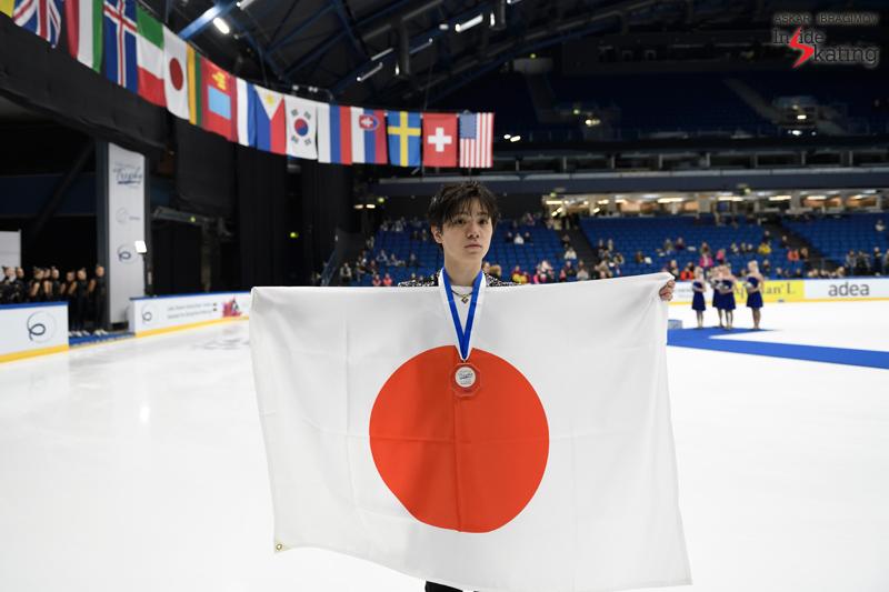 Challenger (6) - Finlandia Trophy. Oct 11 - 13, 2019. Espoo /FIN      - Страница 15 Shoma-Uno-gold-2019-Finlandia-Trophy-1