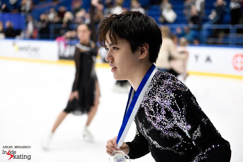 Challenger (6) - Finlandia Trophy. Oct 11 - 13, 2019. Espoo /FIN      - Страница 15 Shoma-Uno-gold-2019-Finlandia-Trophy-2
