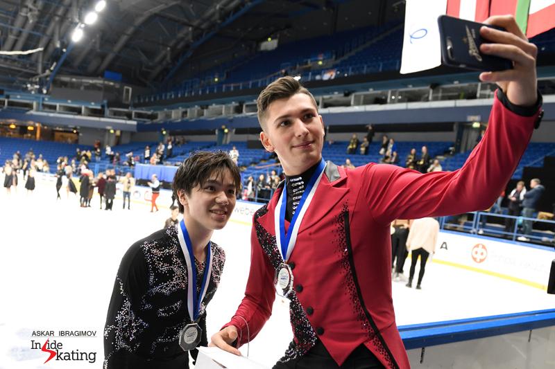 Challenger (6) - Finlandia Trophy. Oct 11 - 13, 2019. Espoo /FIN      - Страница 15 Shoma-Uno-with-Aleksandr-Galliamov-2019-Finlandia-Trophy